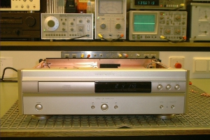 audiotronic-2001-10-0107F869F63-8199-3215-76CB-3CE883A5F105.jpg