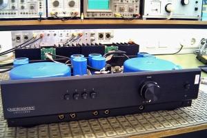 audiotronic-2006-001BB116B4F-EE83-3A61-9F3A-9FD1ED6CDE65.jpg