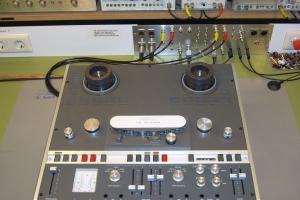 audiotronic-2007-10-07220540251-70BA-7E04-581E-5E8F2C6B4894.jpg