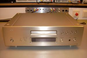 audiotronic-2008-01-008AD78B181-8953-3A3F-3CF4-EAA9AC10738F.jpg