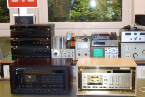 audiotronic-2008-10-00862941B7D-A366-6997-C836-A66B2EEFC3FA.jpg