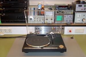 audiotronic-2008-10-02353CA8652-BE86-D227-4E3A-F1132A153A51.jpg