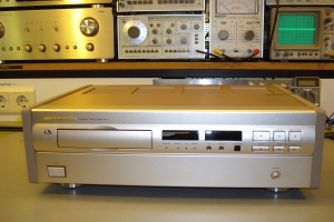 audiotronic-2009-06-011EF4BD0CA-468C-9F2F-F8E9-755B0F360D61.jpg