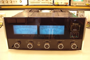 audiotronic-2009-09b-01904EF42D2-1F0B-8C39-9740-4510125A2A3E.jpg