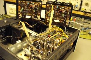 audiotronic-2011-02-03586F248D7-3046-5942-4D19-842D5A3E3638.jpg