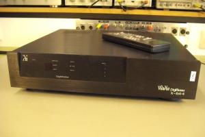audiotronic-2011-03-03818A3D0E5-9B82-4B36-6347-BB6DC05EA862.jpg