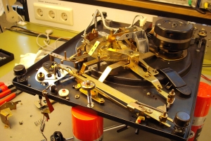 audiotronic-2011-04-0042EE8C441-F4F7-3841-676B-927A76CF55B2.jpg