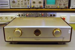 audiotronic-2011-10-012331690E2-CF4C-0EFF-4F18-A7B7463F132C.jpg