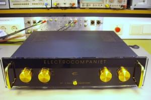 audiotronic-2011-10-023242EC990-4DE3-37C0-A23A-DB047C400C46.jpg