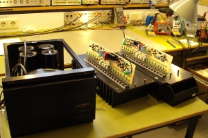 audiotronic-2011-11-005DEEA4A6B-D7D7-524D-1A4E-F0C773BC0A72.jpg