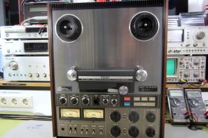 audiotronic-2012-11-070616CA54-E9ED-0FFA-C1F4-CE7171771712.jpg