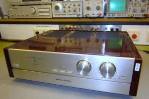 audiotronic-2013-04-028C30519E-A237-89B3-851E-8A1824876B74.jpg